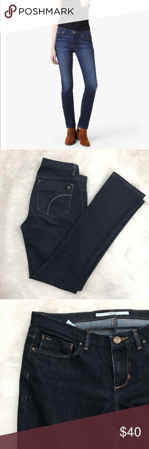 Joes jeans Cigarette jeans Ike new condition. Super dark wash. Size 26. art of Joe's Flawless Collection, The Cigarette in Lyla is a super soft, comfort stretch denim in a dark wash. This slim, straight leg jean has a classic mid rise and features a gravity-defying fabric that holds you in and smooths you out while allowing for maximum movement. No trades. Joe's Jeans Jeans Straight Leg