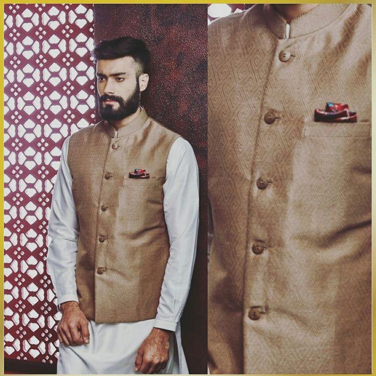 #gotapatti #embroiderey #sherwani #jacket #zardosi #mensstyle #mensfashion #fashion #style #groom #bestman #wedding #luxury #handcrafted #india #indian #rajasthan