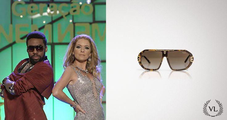 O personagem Brian Benson (Lázaro Ramos) da novela da Globo Geração Brasil usa óculos de sol Via Lorran como um de seus principais acessórios.