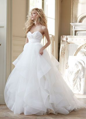 Im not much for ballgowns but think.this is beautiful.