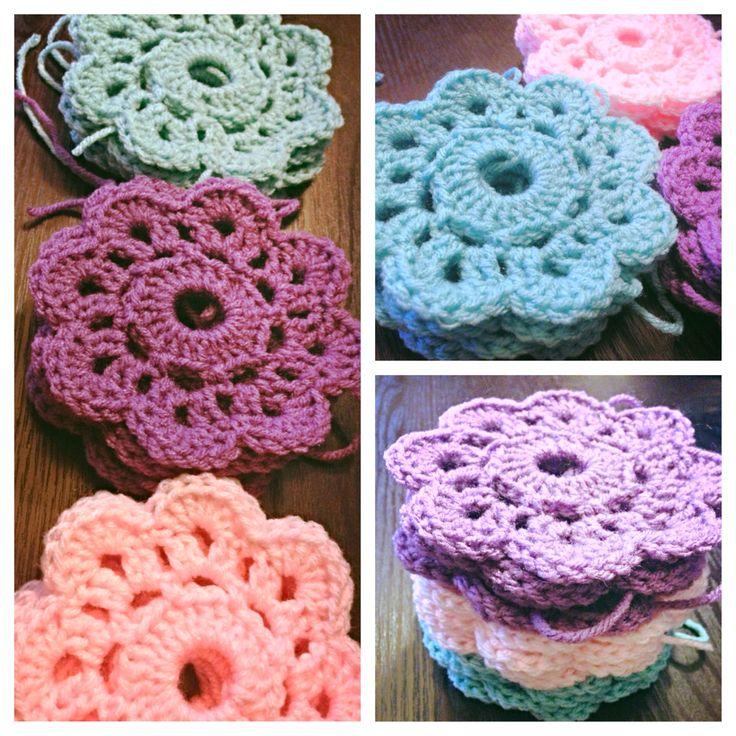 Maybelle Crochet Flower Pattern Traitoro For