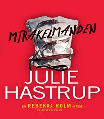 Mirakelmanden af Julie Hastrup er det sjette bind i krimiserien om den danske drabsefterforsker Rebekka Holm. Men i dette bind er hun sygemeldt efter et slemt overfald, og hun rejser derfor til Sverige for slappe af og blive rask igen. Men næsten som gættet på forhånd, så udvikler denne såkaldte afslappende restitutionsferie sig til et mareridt indenfor meget kort tid.  Klik på forsidefotoet og læs mere om Mirakelmanden af Julie Hastrup.