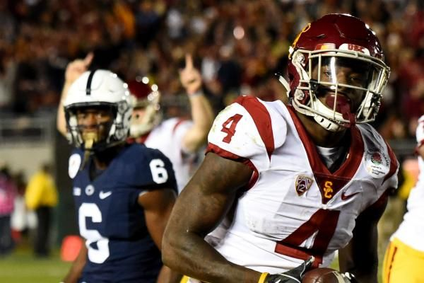 Participants from two of last season's New Year's Six bowl games face off for the first time ever on Saturday, when No. 4 USC hosts Western…