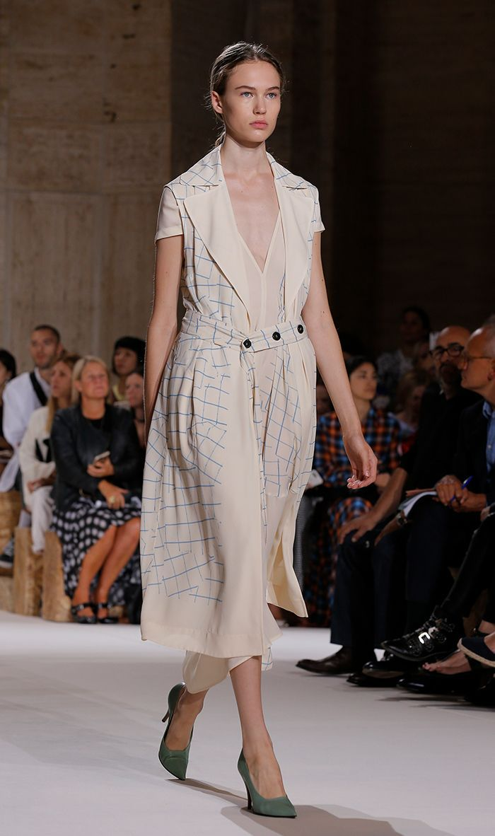 Victoria Beckham showed her spring/summer 2018 collection at New York Fashion Week. Here are the highlights.