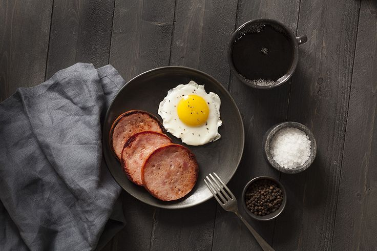 Nothing beats this breakfast combo :) Waking up is never this good especially with a Capital Pork Breakfast Roll!