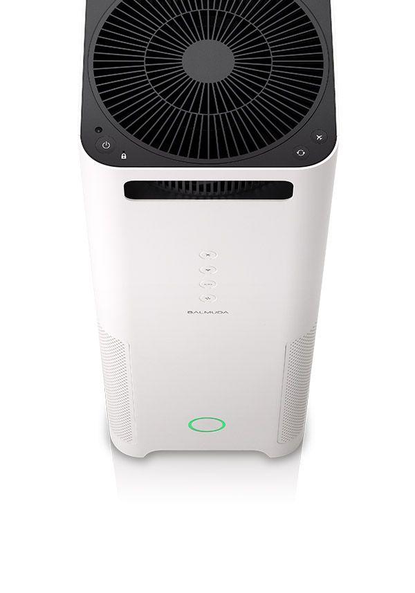 BALMUDA AirEngine   AirEngineは吸引用と送風用の二つのファンを搭載しています。送風用のファンは特許取得済みのグリーンファン。送風効率が違います。