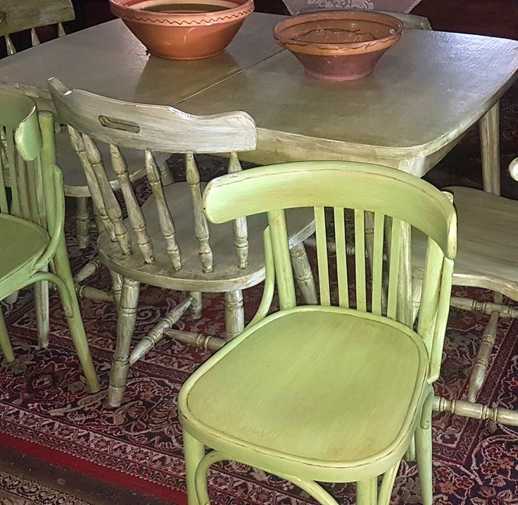 vintage stílusú székek