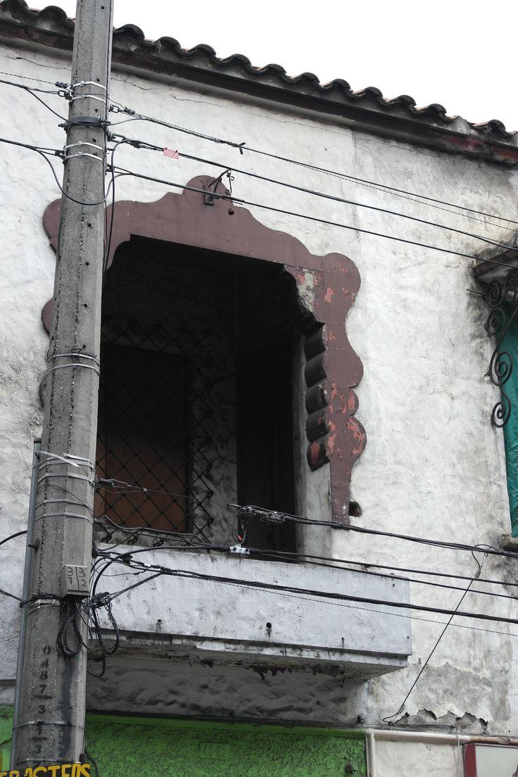 Fachada casa Ayacucho. Data de los años 20.
