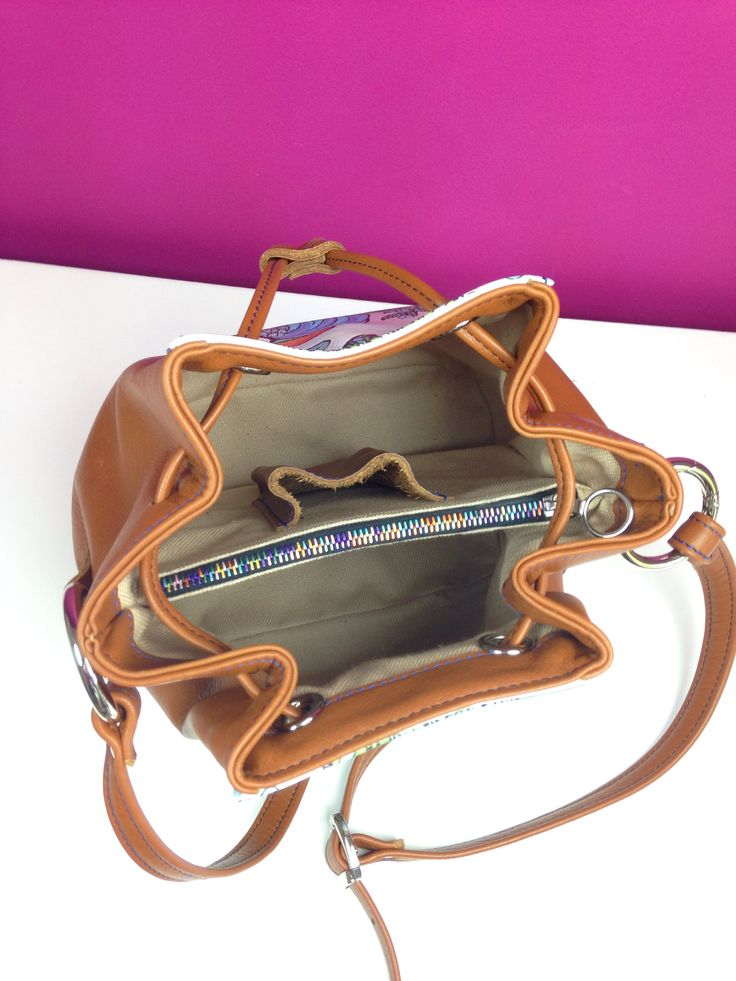 Bagolino bag - with the cool multicolor zipper inside// outside finest leather // 100% handmade in Germany - www. getcuore.com
