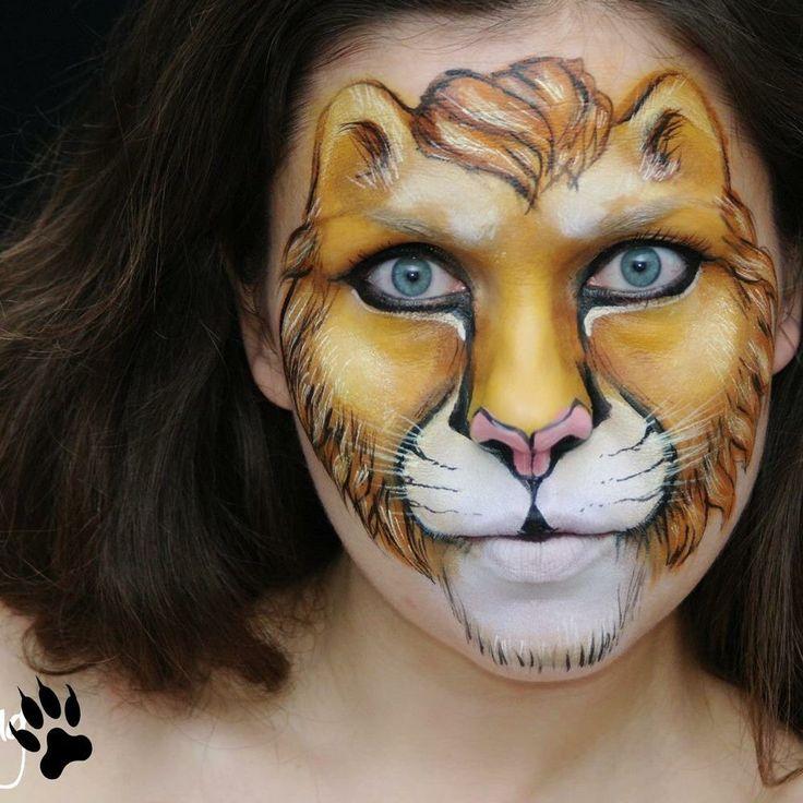 Ksenia Dudkina || lion