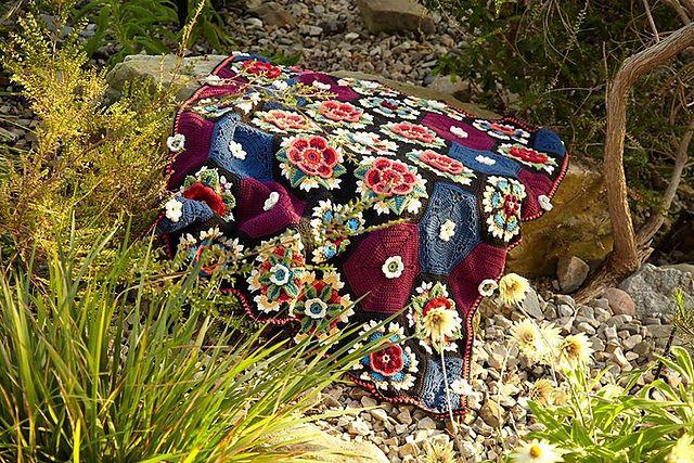 Fleurs de motif de couverture de Frida par Jane Crowfoot: Ravelry