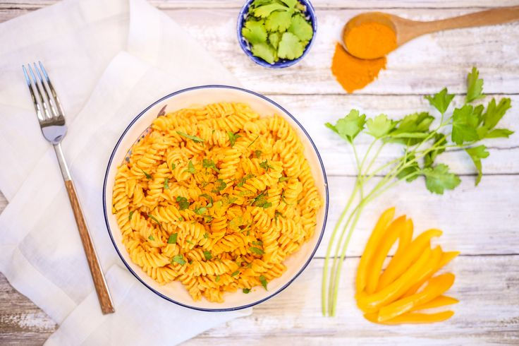 Delicious, satiating, creamy, vegan, gluten-free and healthful! I recently bought some Andean Dream pasta made of rice and quinoa flour, and it inspired me to make this dish.