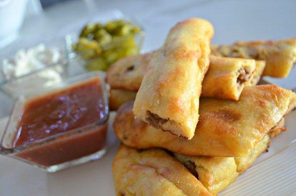 Easy Keto Taco Stuffed Breadsticks