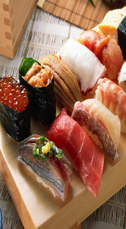 Eating Sushi in Tokyo #tokyo #sushi #japan At the other end of the spectrum is…