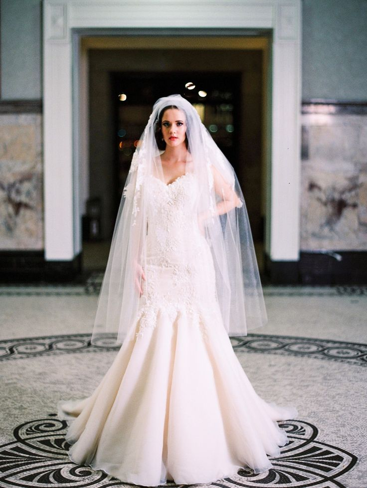 Marilyn by De Lanquez Bridal available exclusively at White Lily Couture. Image: When Elephant Met Zebra