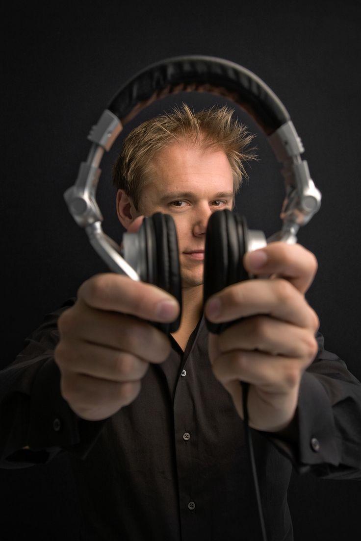 ARMIN #trance Love Armin? Visit trancelife.us to read our latest ASOT reviews. Love AvB? Visit http://trancelife.us to read our latest #ASOT reviews.