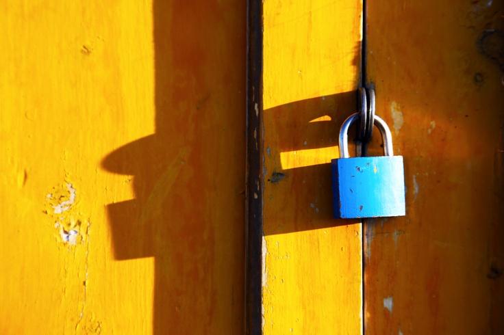 Lock & shadow