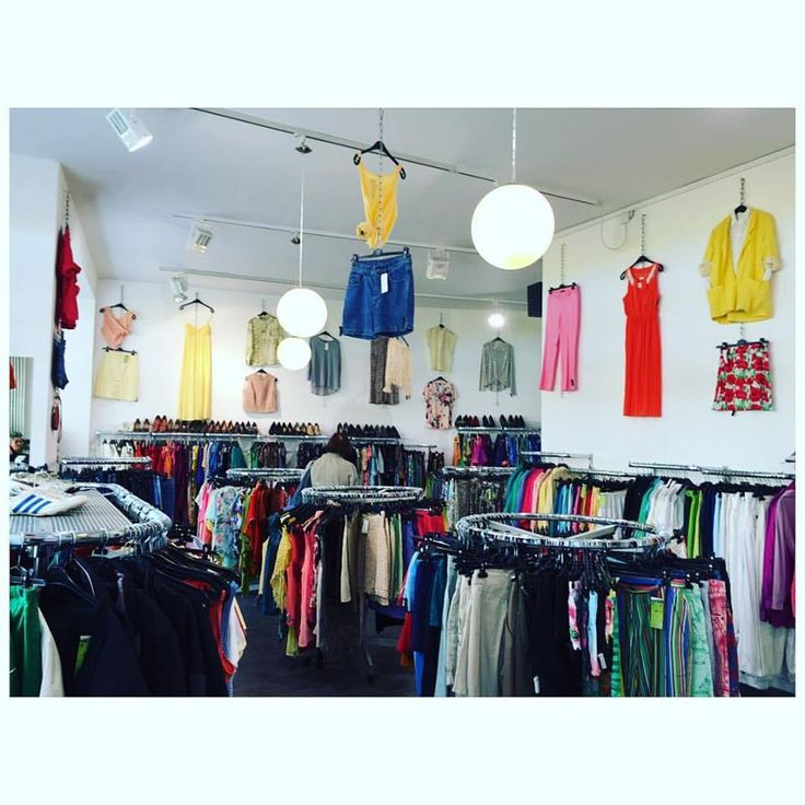New style #Trend Shop in #oranienburgerstraße 87-89 for You! 🎶 ⚡️ 🌞 👗 #vintage #vip #fashion #ootd #itgirlstyle #humanasecondhandgermany #streetstyle #trendy #musthave #newcollection #womensfashion