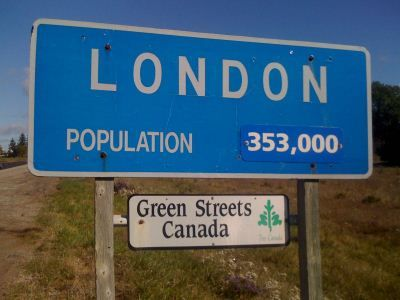 London Ontario population this sign is older, the population today ( August 2014 is 367,000)