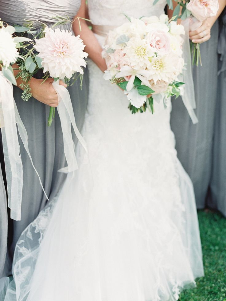 : Rustic Farms To T, Flowers Photography, Dahlias Wedding Bouquets, Bridesmaid Dresses, Flowers Bridesmaid, Rachel Photography, Gray Bridesmaid, Simple Bridesmaid Bouquets, Rustic Wedding