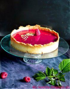 Cremiger Cheesecake in dem weltbesten Tarteteig mit fruchtigem Himbeerspiegel - Himbeer Cheesecake Tarte