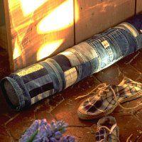 Un boudin de porte en chutes de jean - Marie Claire Idées