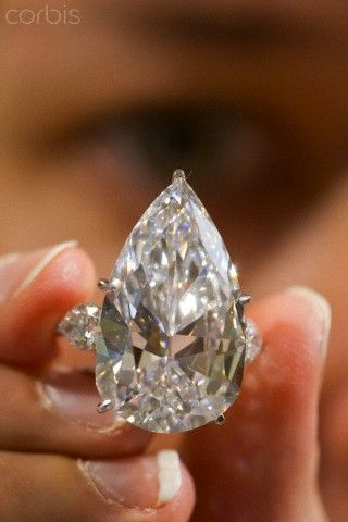 21 carate diamond ring.
