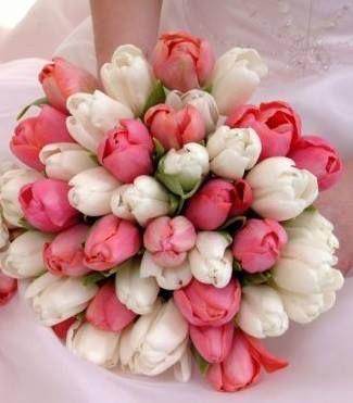L'eleganza del rosa http://www.nozzemeravigliose.it/matrimonio/addobbi-floreali/caserta/fioristi-busico/347