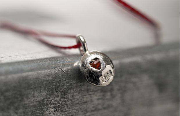 lenawahlman.com | Red Heart pendant