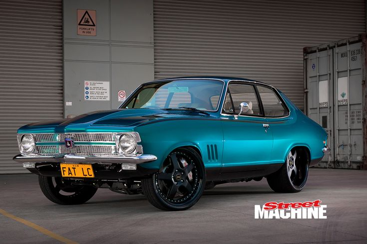 With a set of 22x10 Simmons under the rear and a 383ci small-block Chev up front, Allan El Bayeh'...