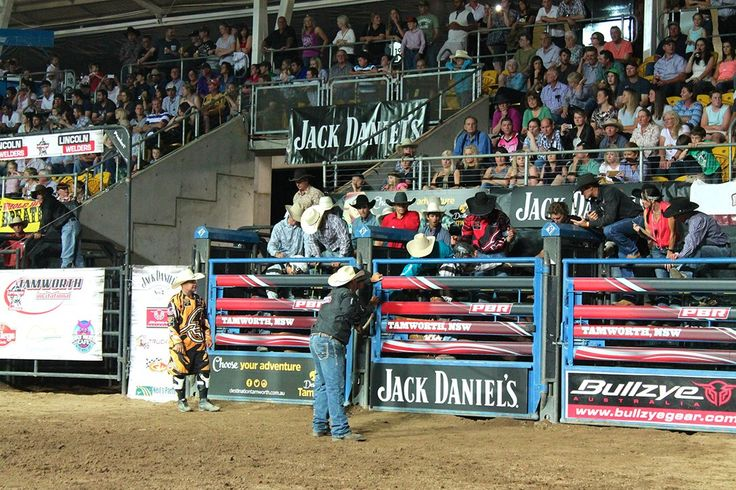 Hold onto your cowboy hats at the raucous Professional Bull Riders event in Tamworth.                  Tamworth might well be NSW's classic country town. Fa.