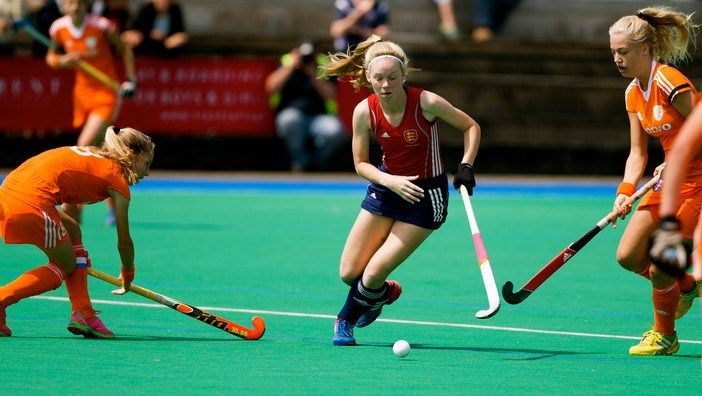 The Hockey Writers' Club recently announced the Higgins Group Youth and Junior UK  Players of the Year for 2015, with Cranleigh's Charlotte Calnan taking the award for the U18 Youth Girls. Congratulations Charlotte!