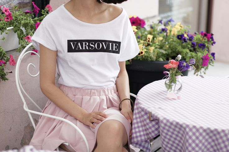 http://lananguyen.com/pink-sugar/lana-nguyen-pink-sugar/varsovie-tshirt/p-167.html?v=2 Varsovie T-shirt