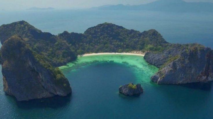 O arquipélago Mergui, em Mianmar, pode ser um dos últimos paraísos na terra. Continua completamente virgem, sem qualquer infraestrutura turística ou meios básicos de transporte.