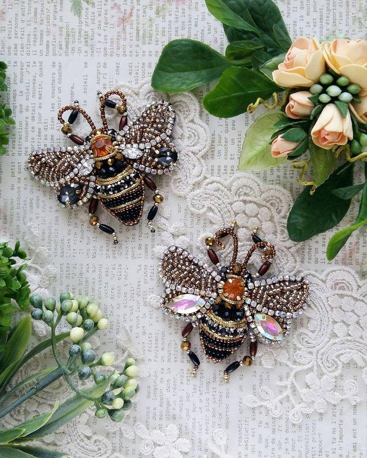 """269 Likes, 18 Comments - •Авторские украшения• (@lilya_zabbarova) on Instagram: """"А у меня тут пара прекрасных пчелок  скоро улетят радовать своих хозяек  Под заказ ☝…"""""""