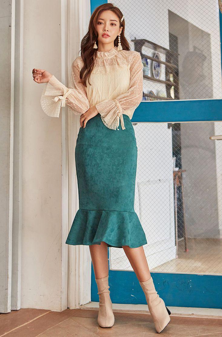 Suede Mermaid Skirt CHLO.D.MANON   #flounced #peacockgreen #skirt #feminine #elegant #koreanfashion #kstyle #kfashion #falltrend #seoul