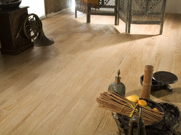 Oak Antique White, Silk Oil matte, Select and Better. Brushed and Oiled Oak flooring collection by Coswick.
