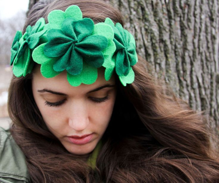 With St. Patrick's Day just around the corner, we're all scrambling for a festive, green outfit to wear. Grab some felt and get to crafting this clover crown. It's fun, easy, and cheap. That's musi...