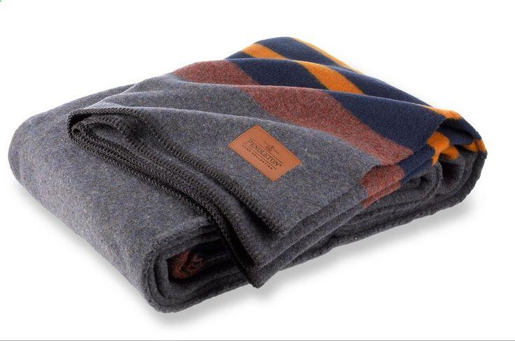 Camping Blanket - Pendleton Yakima Twin Vintage Camp Blanket