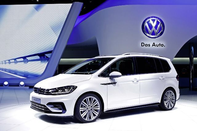 VW has released the new Volkswagen Touran R-Line. It was designed to charm to customers looking for something sportier, the b