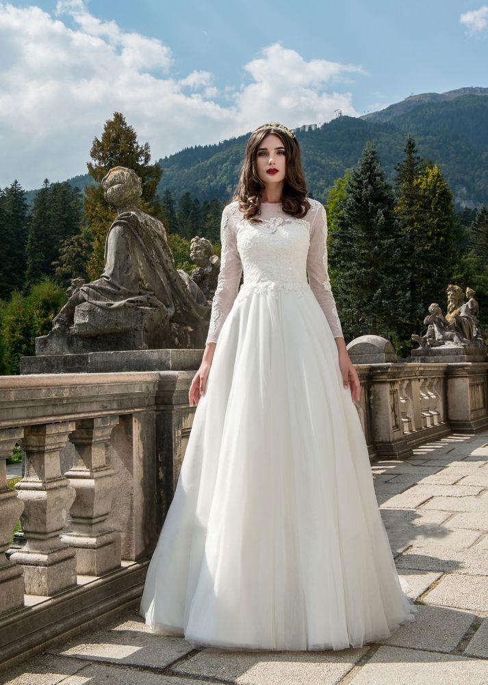 Rochia de mireasa Lara din Colectia Charming