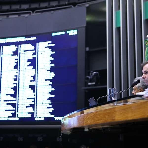 Câmara aprova renegociação da dívida dos estados com União