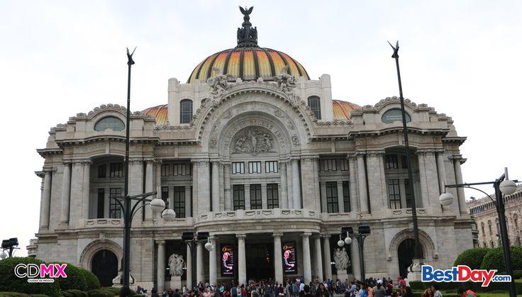 #BellasArtes es el teatro lírico más relevante y el centro más importante del país dedicado a todas las manifestaciones de las bellas artes. ¿Sabías que la Unesco lo declaró monumento artístico en 1987?