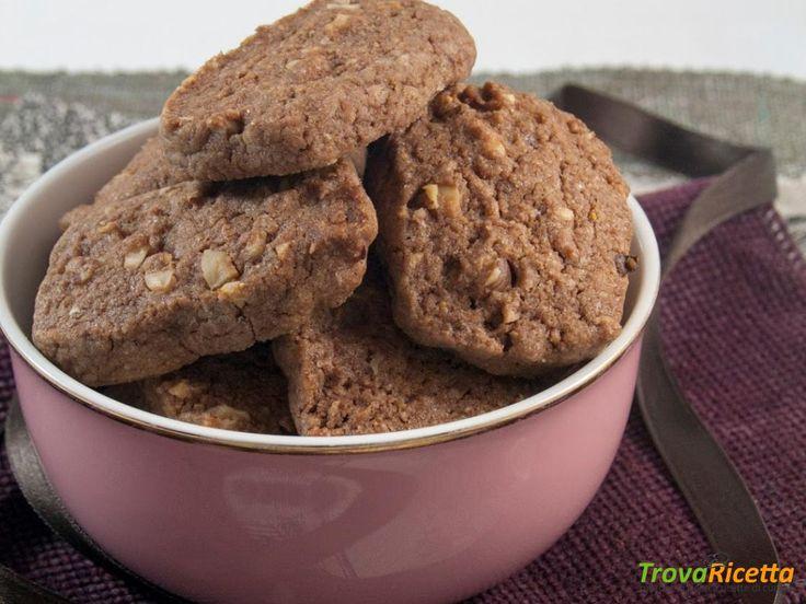 Biscotti di frolla cacao e nocciole  #ricette #food #recipes