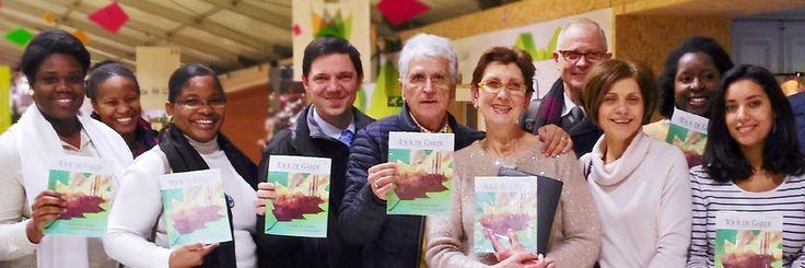 Testemunhas de Jeová participam de uma campanha especial de pregação em Paris, numa conferência sobre o clima