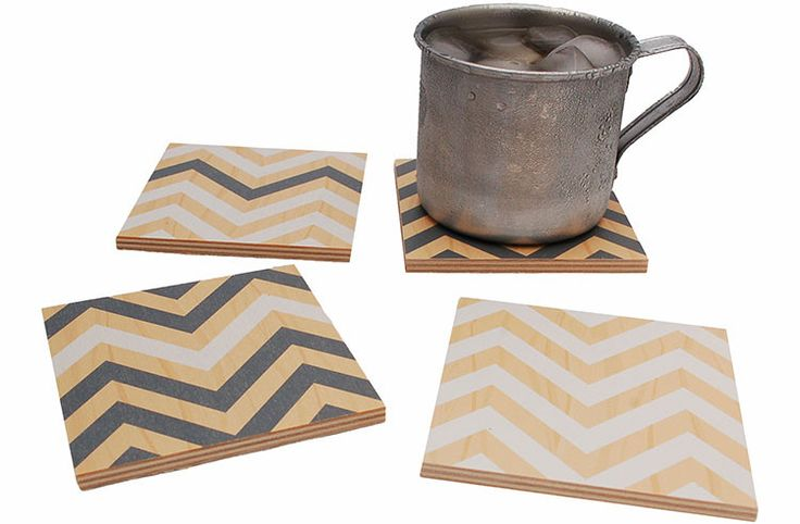 Flox 'White and Gray Chevron' Wooden Coasters