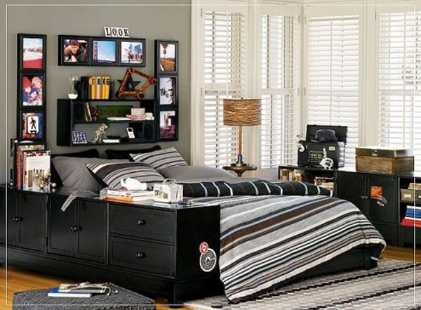 Black bed lamp room young man teen design shelves pictures books