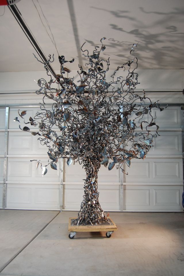 25 best ideas about metal art sculpture on pinterest - Olive garden bailey s crossroads ...