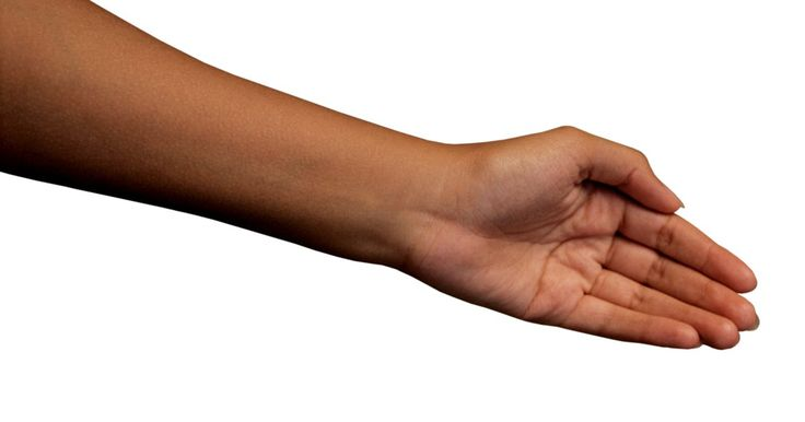 Cómo dar masajes para el síndrome del túnel carpiano. El síndrome del túnel carpiano se caracteriza por dolor, hormigueo, ardor o entumecimiento de las manos y los antebrazos. Estas molestias son causadas por movimientos repetitivos que irritan el nervio mediano de la muñeca. Cuando éste se irrita, se hincha y queda atrapado. El túnel carpiano puede ser debilitante si no se trata. Al comienzar a ...