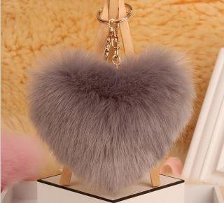 Grey Heart szőrme kulcstartó és táskadísz